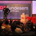 Reinventando la formación en negocios (vídeo)